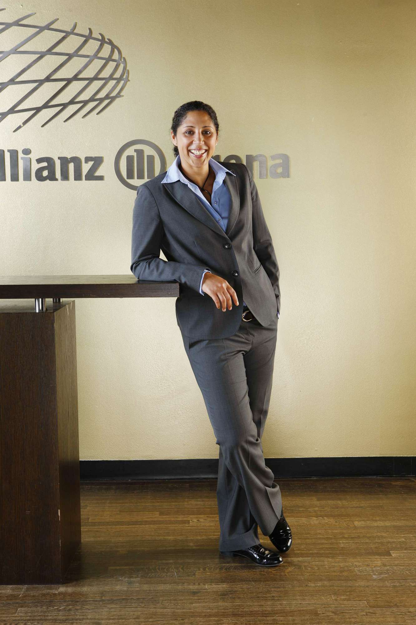 Allianz | Steffi Jones